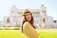 Женщина на venezia аркады в Риме, Италии Стоковая Фотография RF
