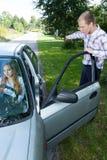 Женщина не может управляющ автомобилем Стоковые Фотографии RF