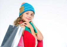 женщина ног принципиальной схемы мешка предпосылки ходя по магазинам белая Продажи сезона падения Сбывание и рабат Ходя по магази стоковое фото rf
