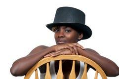 Женщина нося верхний шлем Стоковое Изображение