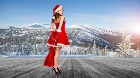 Женщина нося costume Santa Claus Стоковое Фото