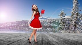 Женщина нося costume Santa Claus Стоковые Изображения RF