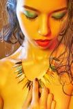 Женщина обнажённого тела с красочным составом Стоковые Фотографии RF
