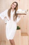 женщина обработки спы корзины красивейшая Стоковые Изображения
