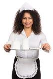 Женщина обслуживания держит таблетку с кофе стоковое фото rf