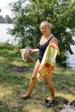 женщина озера ванны Стоковое Изображение