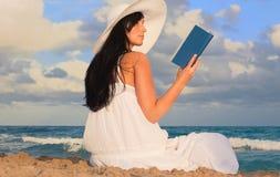 женщина океана Стоковое Изображение RF