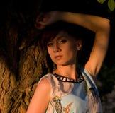 Женщина около сада вала весной Стоковые Фотографии RF