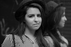 женщина отражения Стоковые Фото