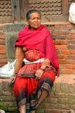 Женщина от Непала в традиционных одеждах Стоковое Изображение