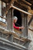 Женщина от Непала в традиционных одеждах Стоковые Изображения RF