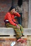 Женщина от Непала в традиционных одеждах Стоковое Фото