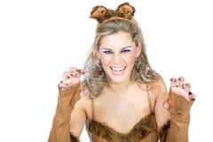 Женщина одетая как кот Стоковая Фотография