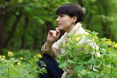 женщина парка милая Стоковое Фото