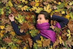 женщина парка осени Стоковые Фото