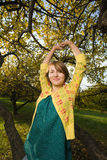 женщина парка осени стоковое фото rf
