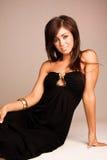 женщина платья блестящая длинняя Стоковые Фото
