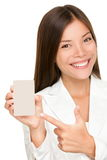 Женщина показывая знак удерживания Стоковые Фотографии RF