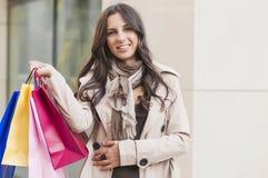 Женщина покупок стоковые изображения rf