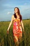 женщина поля Стоковая Фотография