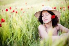женщина поля Стоковые Изображения
