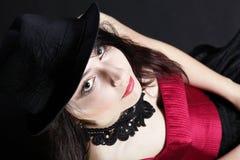 Женщина портрета в красном корсете Стоковое Изображение RF