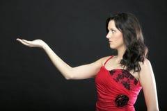 Женщина портрета в красном корсете стоковые изображения rf
