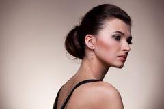 женщина портрета исключительных ювелирных изделий роскошная Стоковое Изображение RF