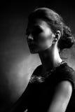 женщина портрета исключительных ювелирных изделий роскошная Стоковая Фотография RF