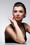 женщина портрета платья предпосылки естественная Стоковое Фото