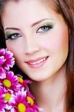 женщина портрета цветков розовая Стоковое Фото