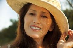 женщина портрета шлема Стоковые Фото