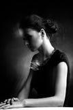 женщина портрета neclacke черного золота белая Стоковое Изображение RF