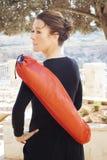 Женщина постаретая серединой с циновкой йоги Стоковое Изображение