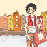 Женщина после ходить по магазинам Стоковые Фотографии RF