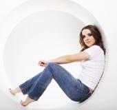 Женщина представляя в круге Стоковое Изображение RF