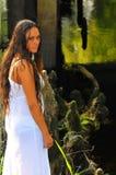 женщина привлекательного реки влажная Стоковое Фото