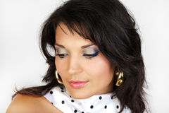 женщина привлекательного шарфа портрета белая Стоковое Изображение