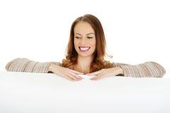 женщина пустой доски счастливая Стоковые Изображения RF