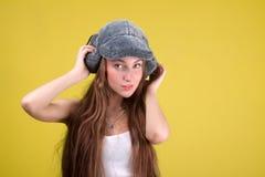 женщина русского очарования шерсти крышки Стоковая Фотография RF