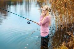 женщина рыболовства Стоковые Изображения