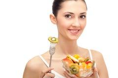 женщина салата уклада жизни удерживания плодоовощ здоровая Стоковая Фотография