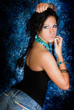 Женщина сексуального коренного американца девушки индийская с оплетками Стоковое фото RF