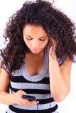 Женщина слушая к нот стоковая фотография rf
