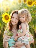 женщина солнцецвета девушки Стоковое Изображение RF