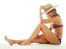 женщина сторновки шлема бикини белокурая Стоковое Фото