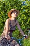 женщина сторновки шлема Стоковые Изображения RF