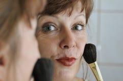 женщина стороны щетки Стоковые Фотографии RF