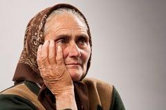 женщина студии портрета старшая стоковое фото