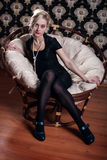 женщина стула легкая Стоковые Фото